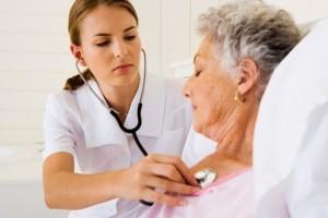 медсёстра и старики